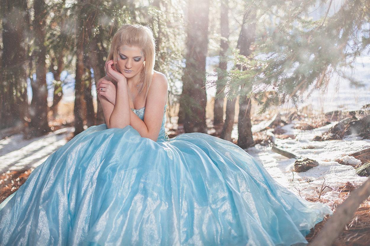 LoganUtahPortraitPhotography-HeidiRandallStudios-WinterModels-15.jpg