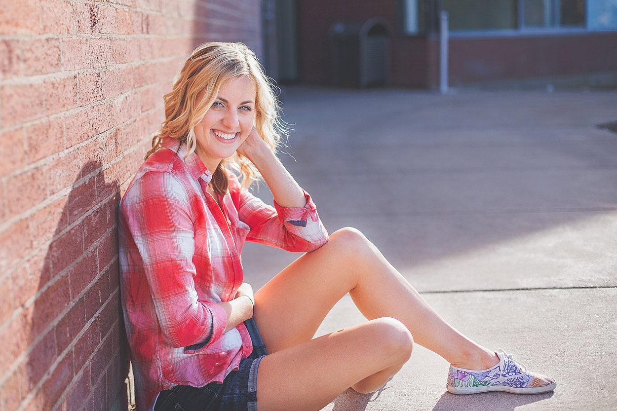 CollegeGraduationPortraits-HeidiRandallStudios-Courtney-1.jpg