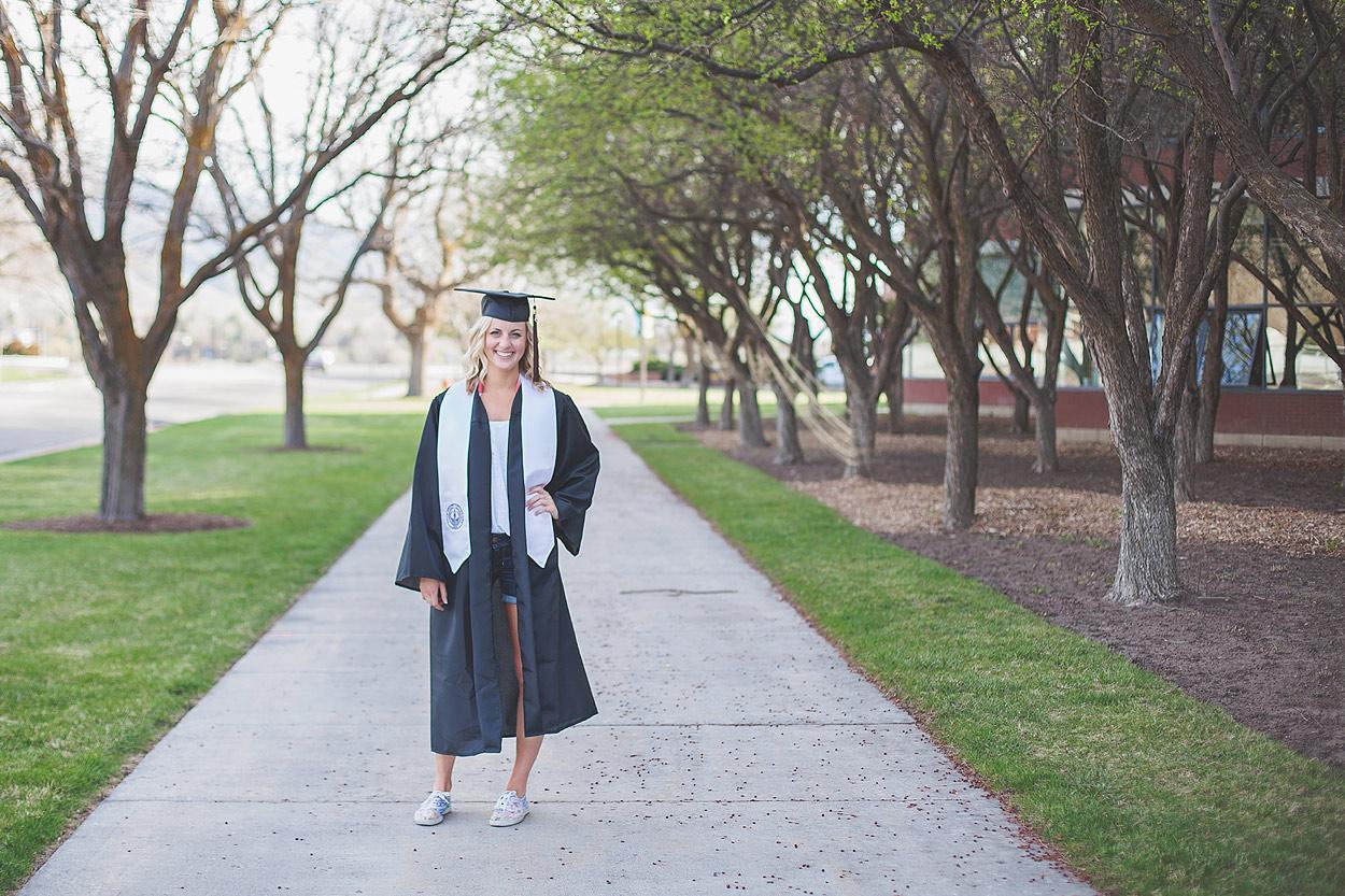 CollegeGraduationPortraits-HeidiRandallStudios-Courtney-6.jpg