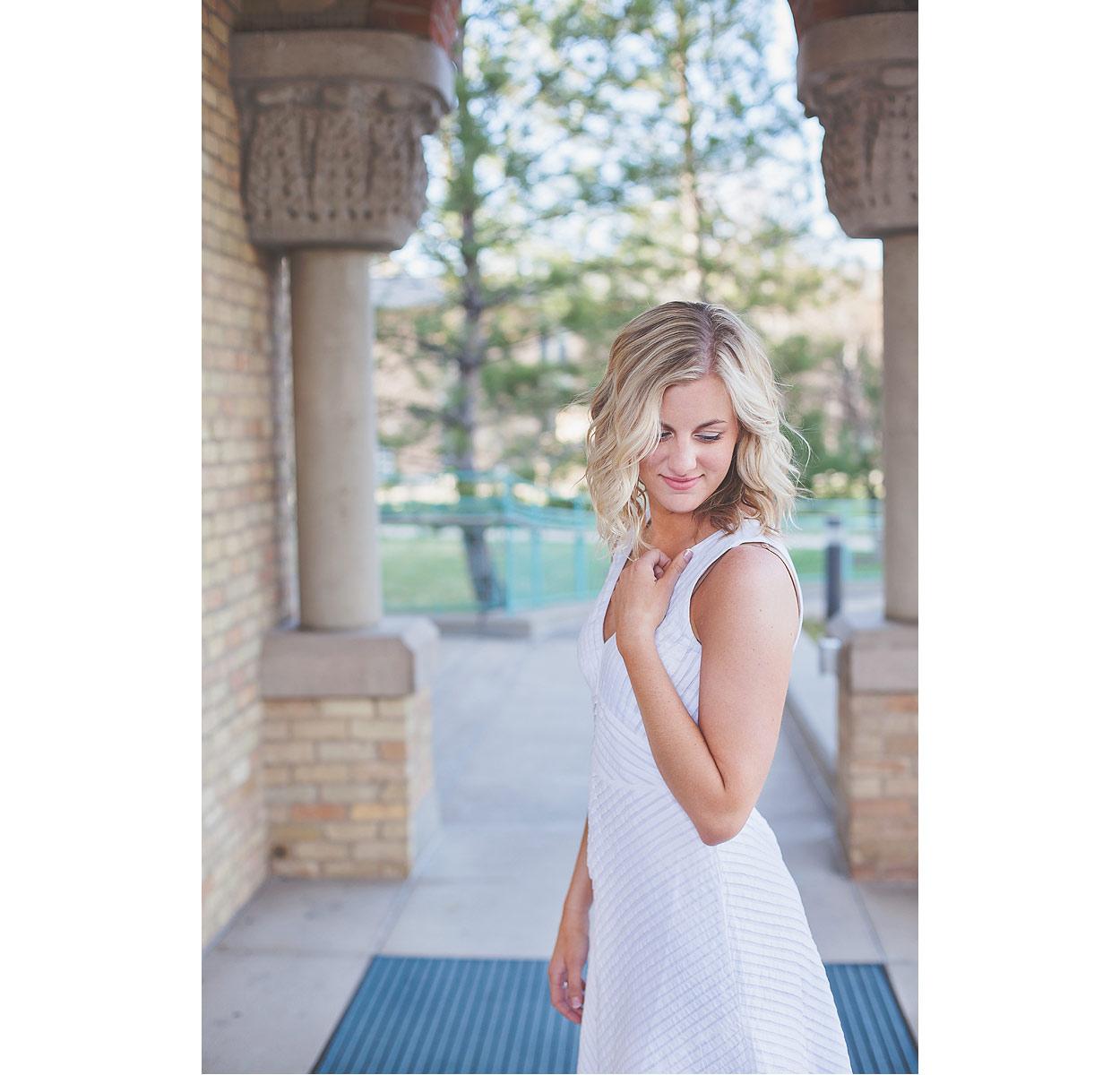 CollegeGraduationPortraits-HeidiRandallStudios-Courtney-14.jpg