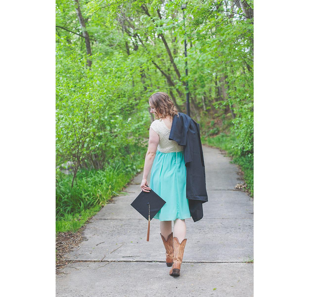 CollegeGraduationPortraits-HeidiRandallStudios-Kat-15.jpg