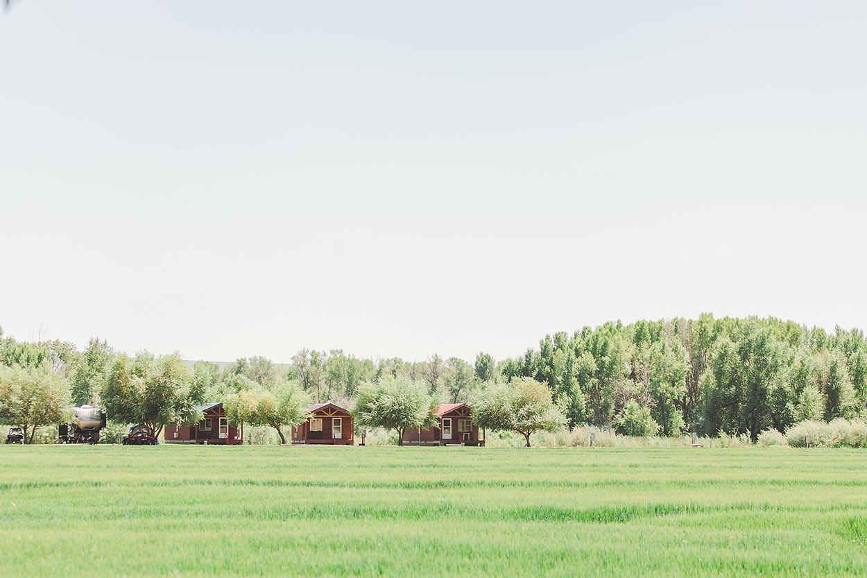 BLOG-LoganUtahWeddingPhotography-HeidiRandallStudios-Madison+Kyle-30.jpg