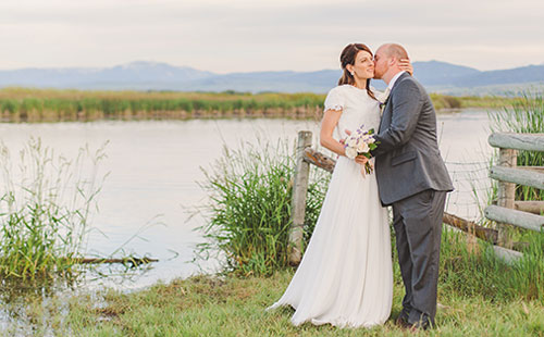Timeless editing style - My editing style is crisp, bright and warm. I strive to keep the integrity of the actual colors of the day while adding a little extra contrast for interest. I love warm creamy lighting with bright skin tones and rich colors.