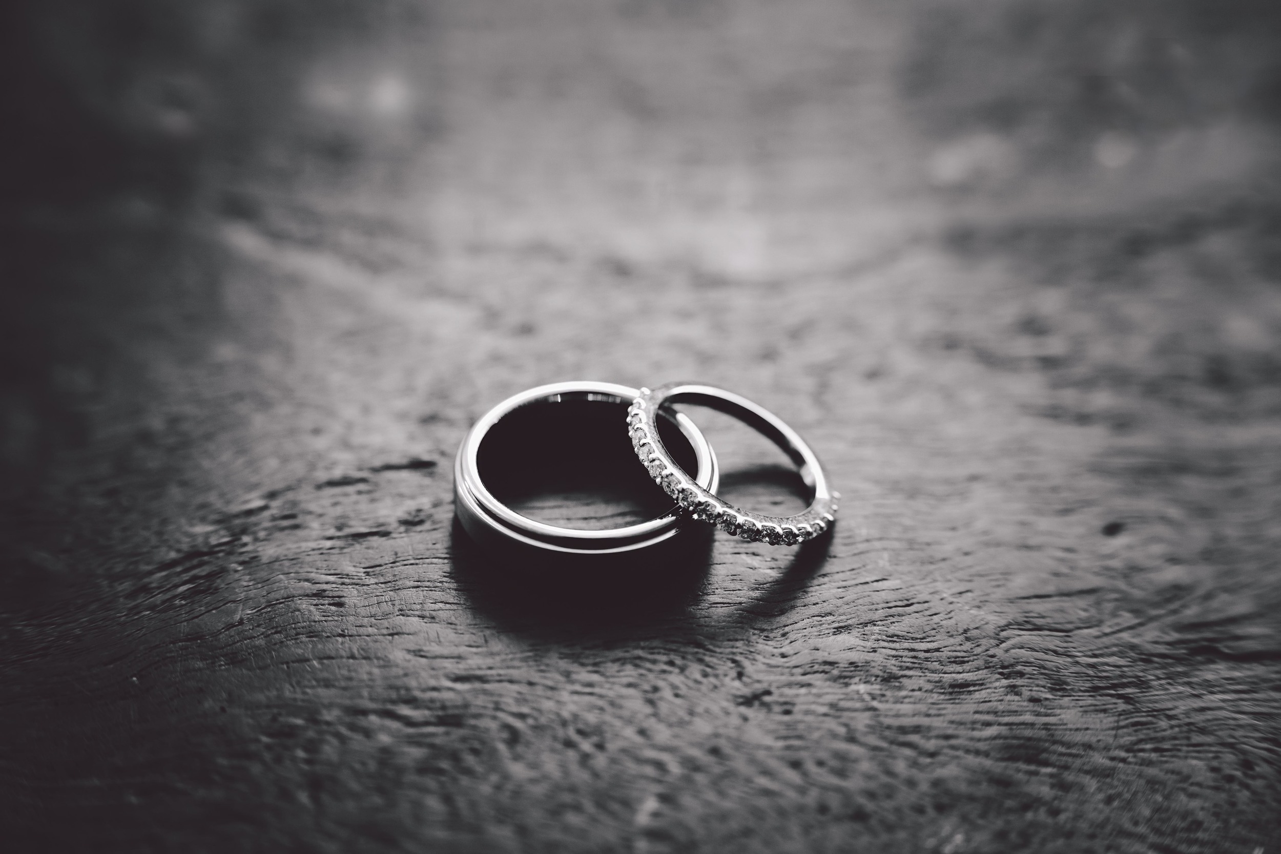 Bec+Matt-Sneak-Peek-rings-.jpg