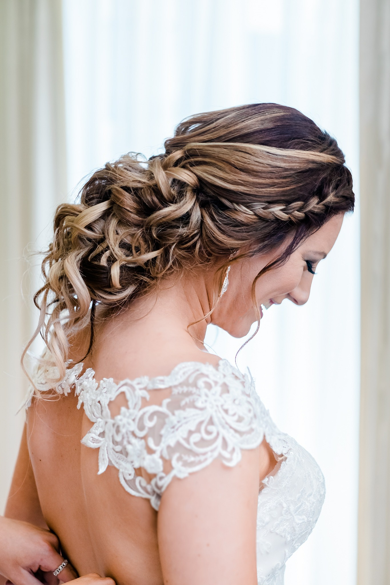Stunning_brides_Hair_by_ClarissePhotography-Portrait_beautiful-melbourne-wedding-photography