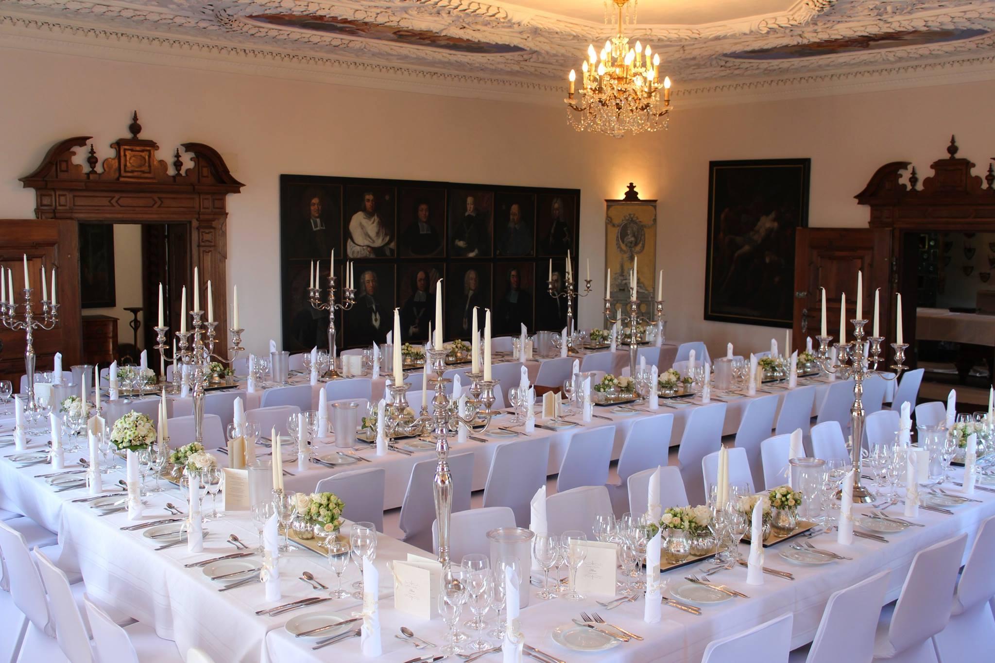 Deutschmeistersaal_SchlossKronburg_Hochzeitstafel.JPG