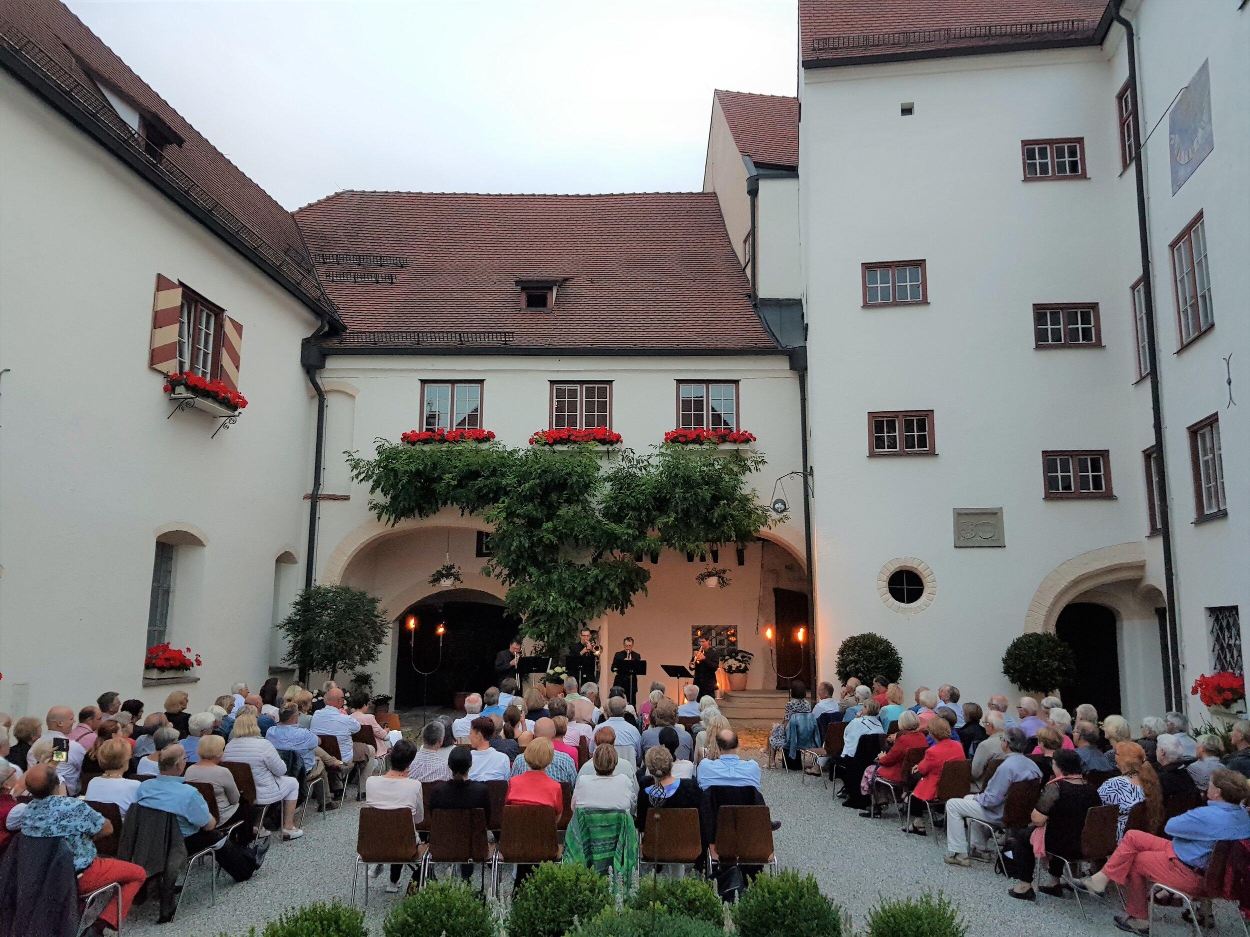 Schlosshof-Konzert am 20. Juli