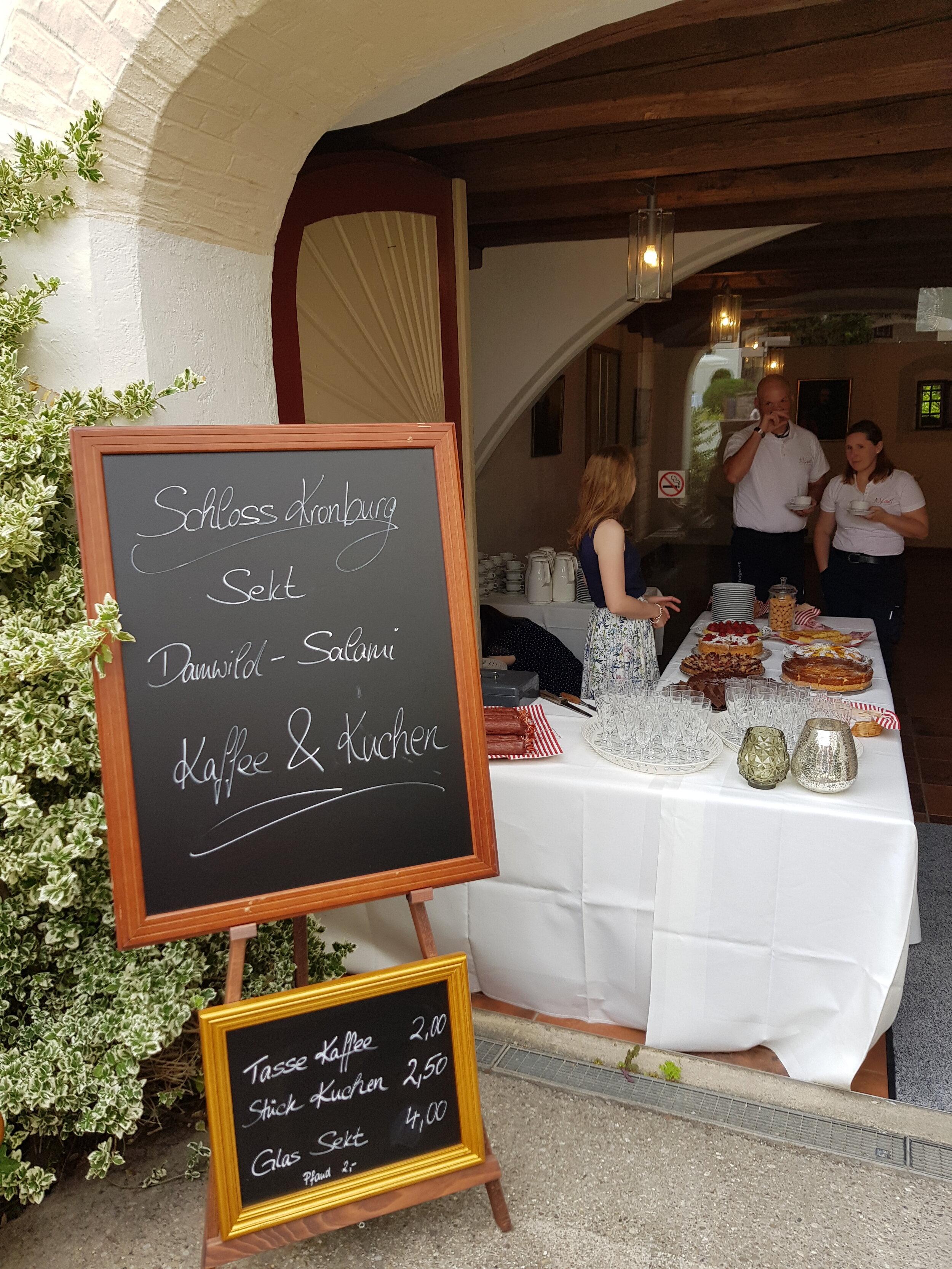 Schloss-Stand am Tag d. offenen Tür