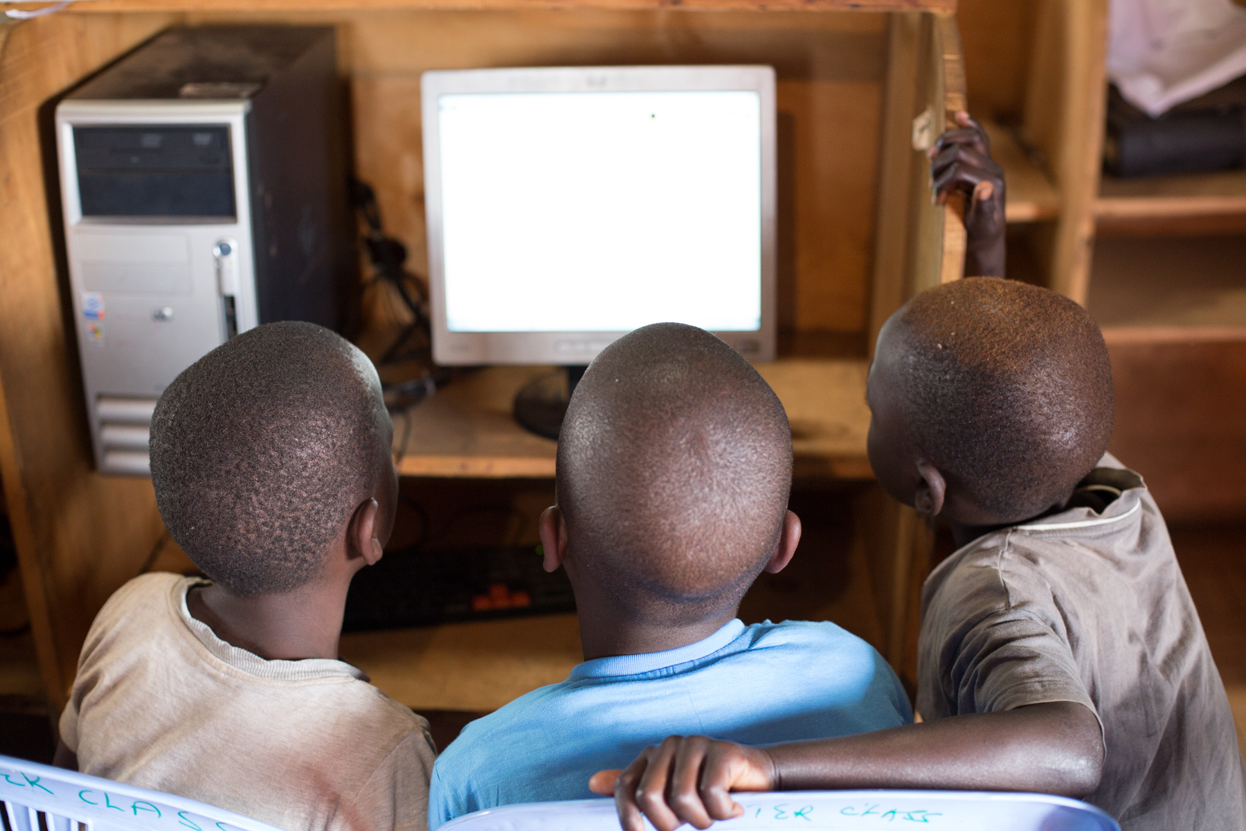 Computer class at the SHOFCO community center.  Kibera, Nairobi, Kenya