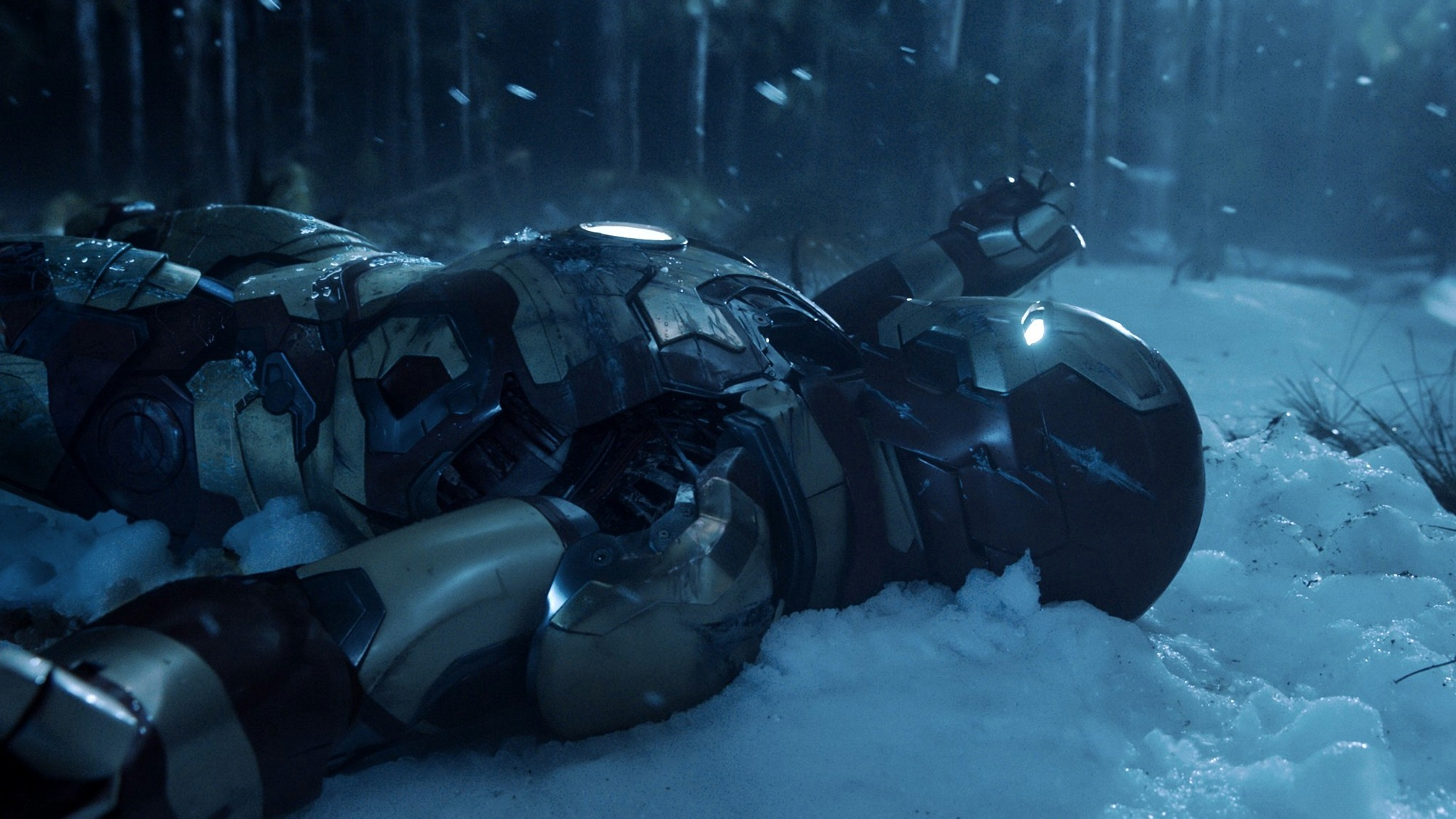 Iron-Man-3-snow.jpg