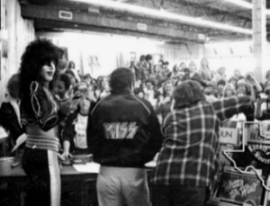 Paul Stanley promoting his record at Cactus Records