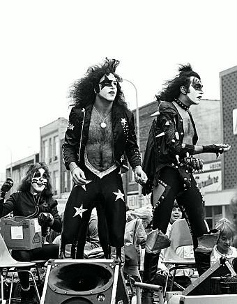 Homecoming parade 1975