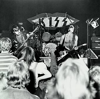 Kiss at Cadillac High School 1975