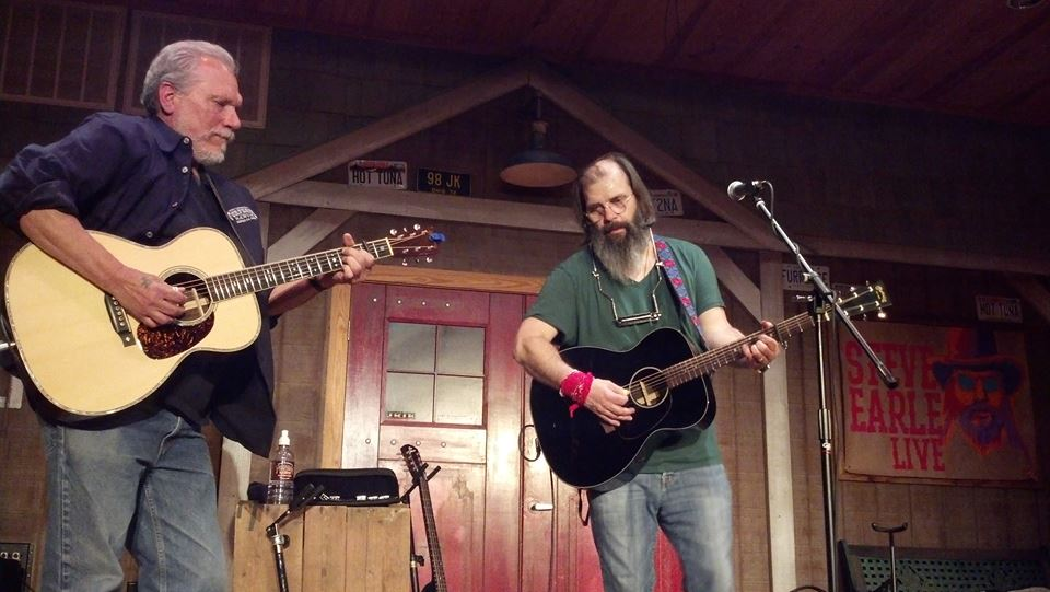 Jorma performing at Fur Peace Ranch with Steve Earle. Photo taken by Kyle Siegrist.