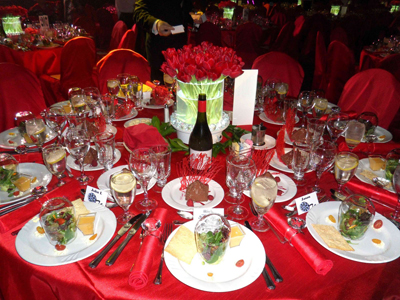 penfolds red table setting