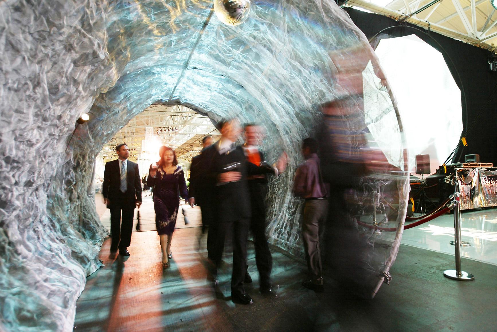 metal cloud tunnel