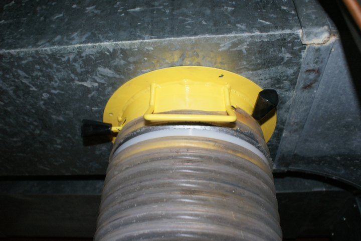 MPHeatingCooling-ductcleaning2.jpg