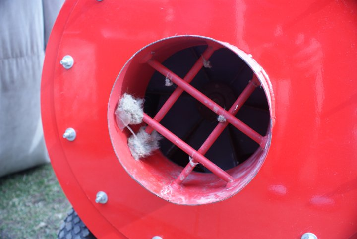MPHeatingCooling-ductcleaning5.jpg