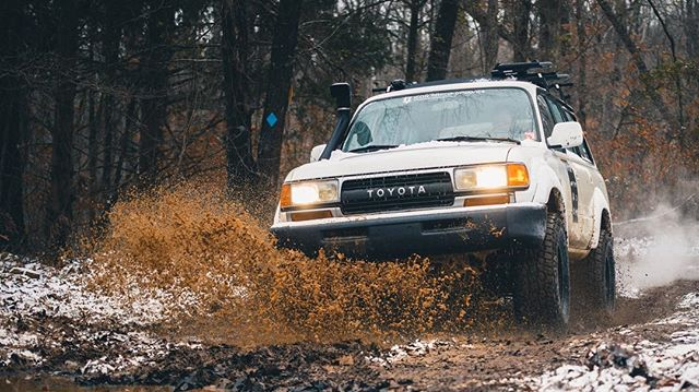 Shreddin' Yotas . . . #fortheloveofauto #iconvehicledynamics #expressrally #adventureseries #fj80 #4runner #landcruiser #snow #mud