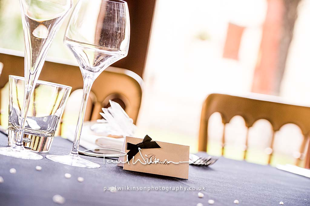 Luxury Pearla Guest Place Setting