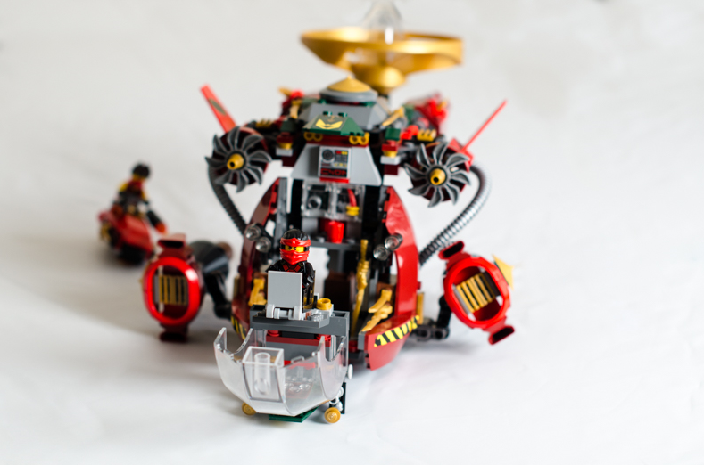 There was also time for some Lego Ninjago action!  This is a good example of what happens when you are close to the 'subject', in this case the Lego pilot, and shooting at a low f-stop.  This is at f1.4.  You can see the background blur away after a few cms.