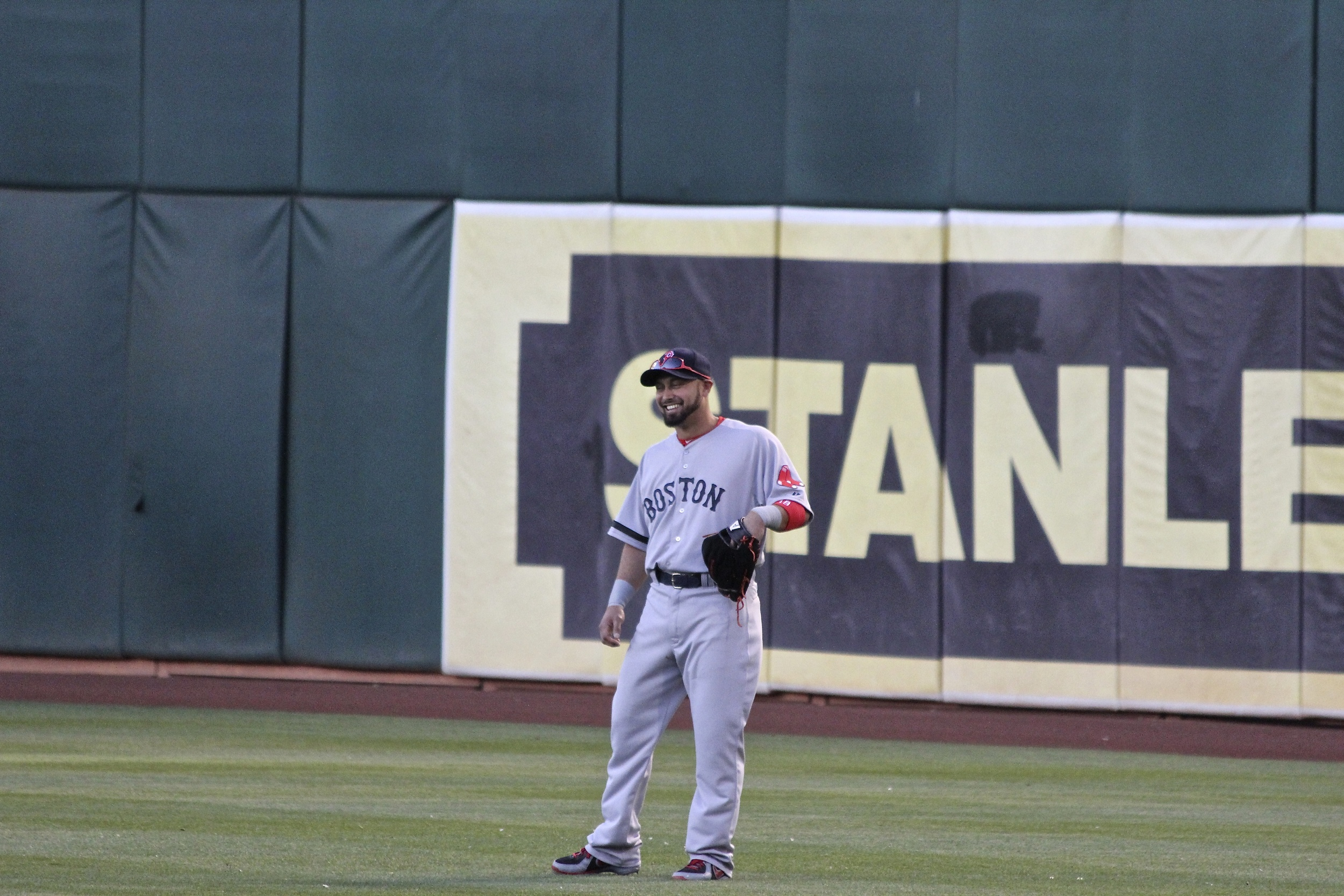 Victorino laughing off heckling