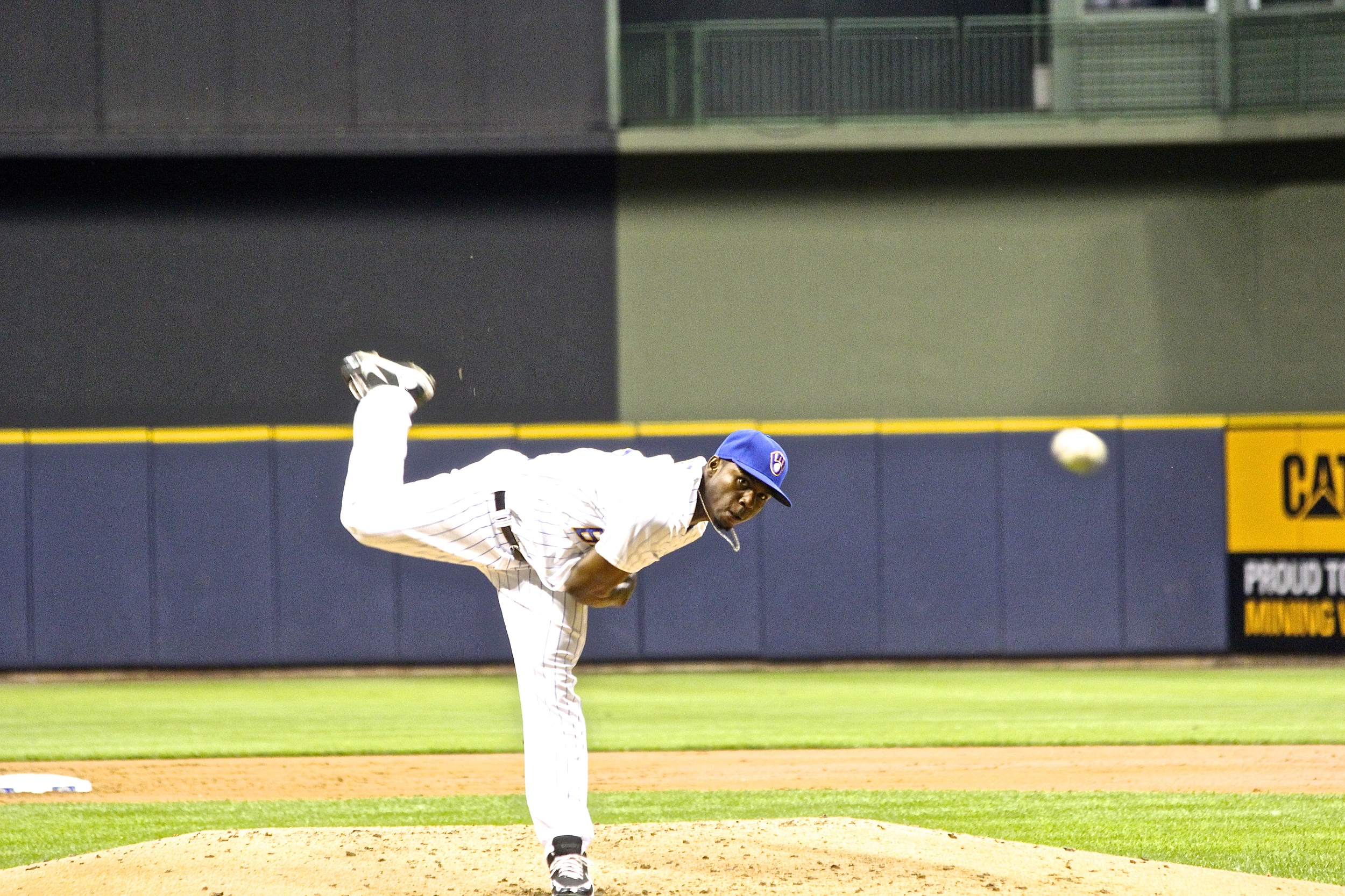 Alfredo Figaro throws one in