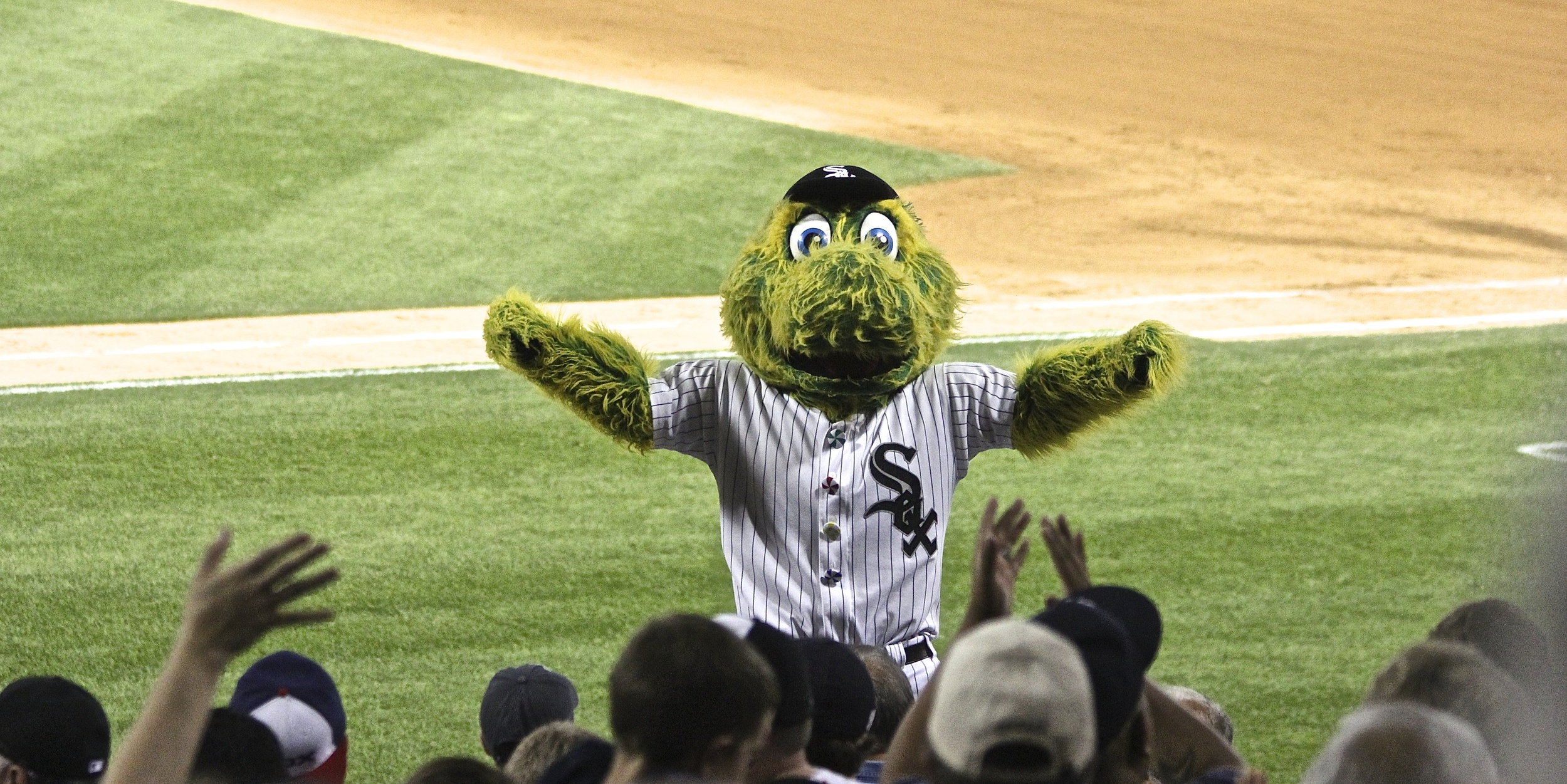 Southpaw fires up the crowd