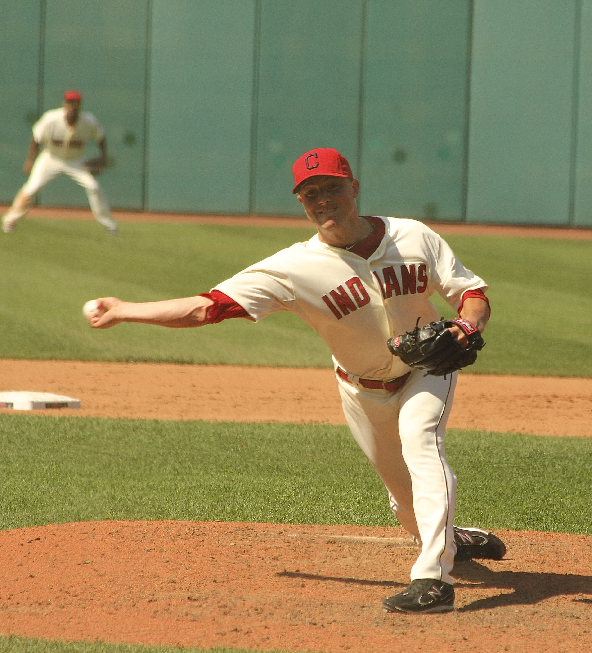 Joe Smith throwing one in