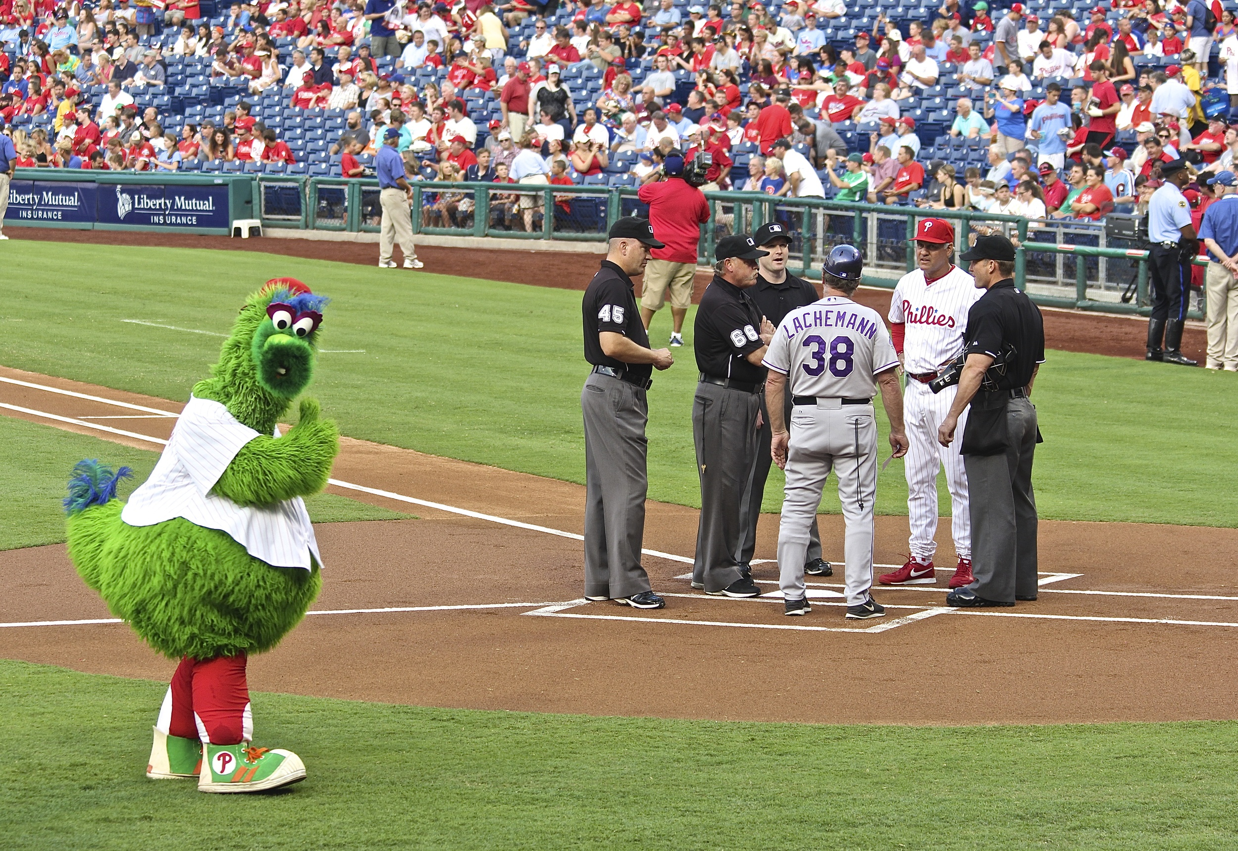 Phanatic gives me a thumbs up