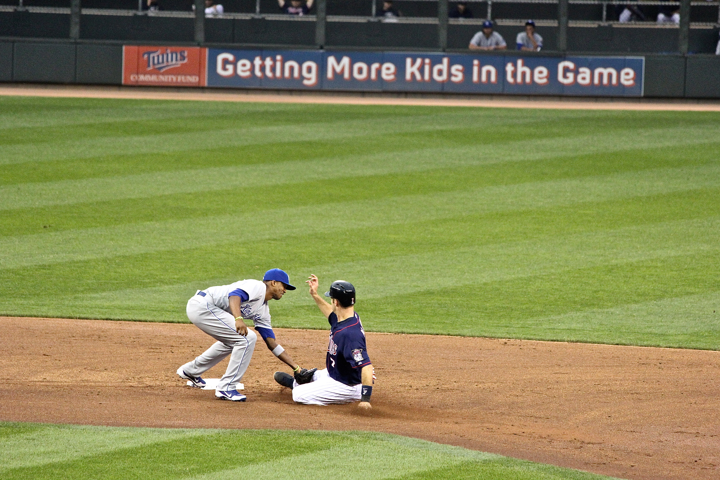 Joe Mauer out at second