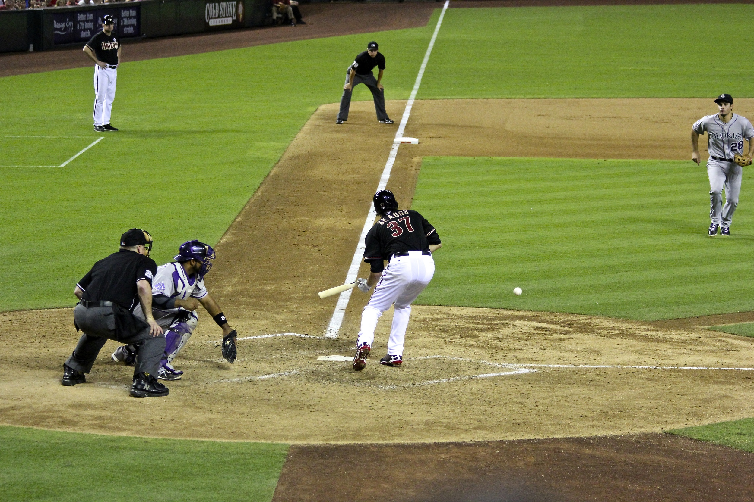 Tyler Skaags lays down a bunt