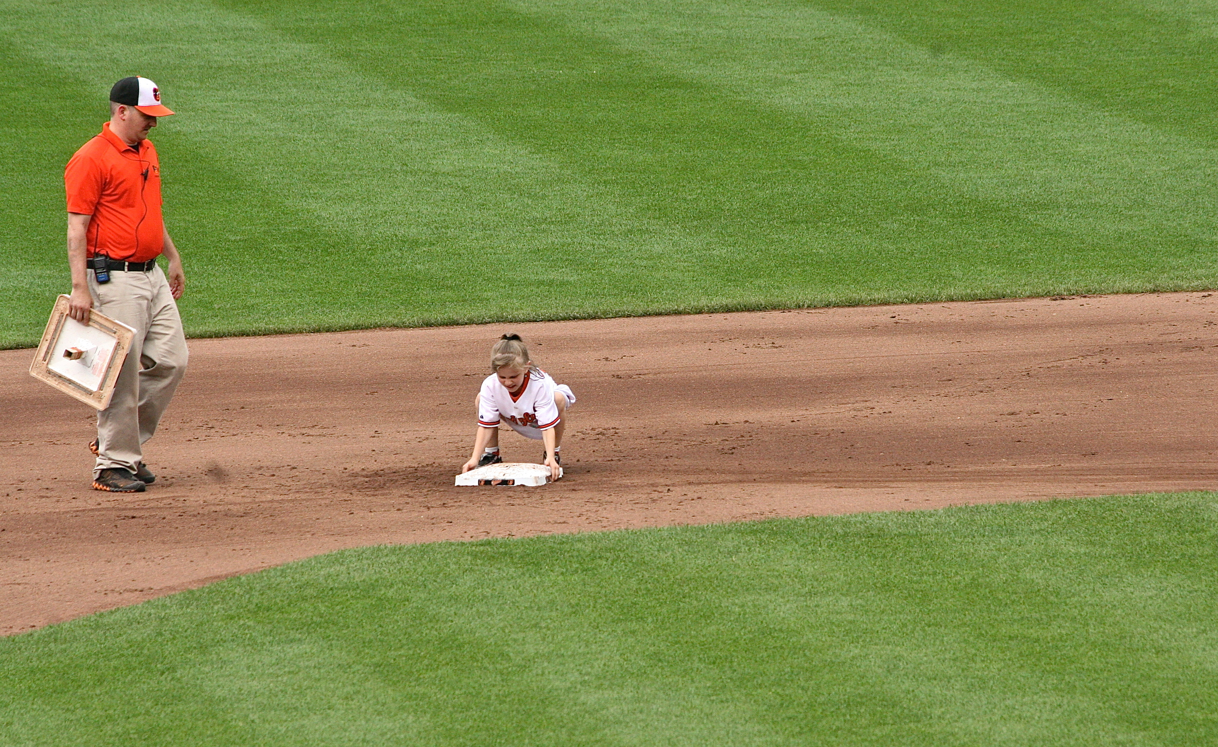 Stealing second!