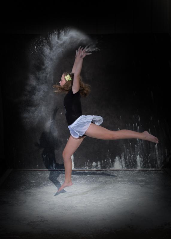 portage-michigan-senior-pictures-flour005.jpg