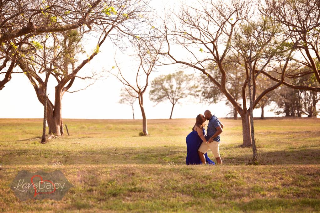Vistaviewparkanniversarycouplesphotoshoot17.jpg