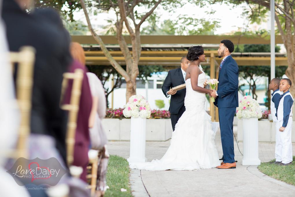 westpalmbeachLakepavillionwedding20.jpg