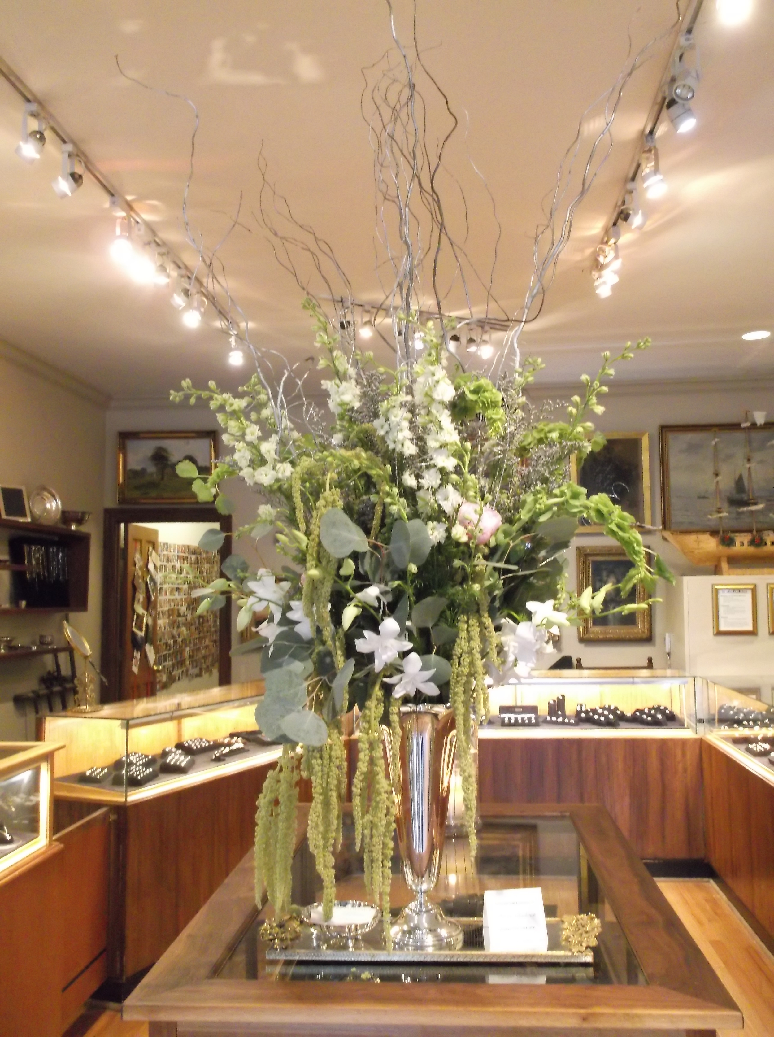 Gorgeous flower arrangements provided by Phillip Chadwick, phillipeschadwick.com