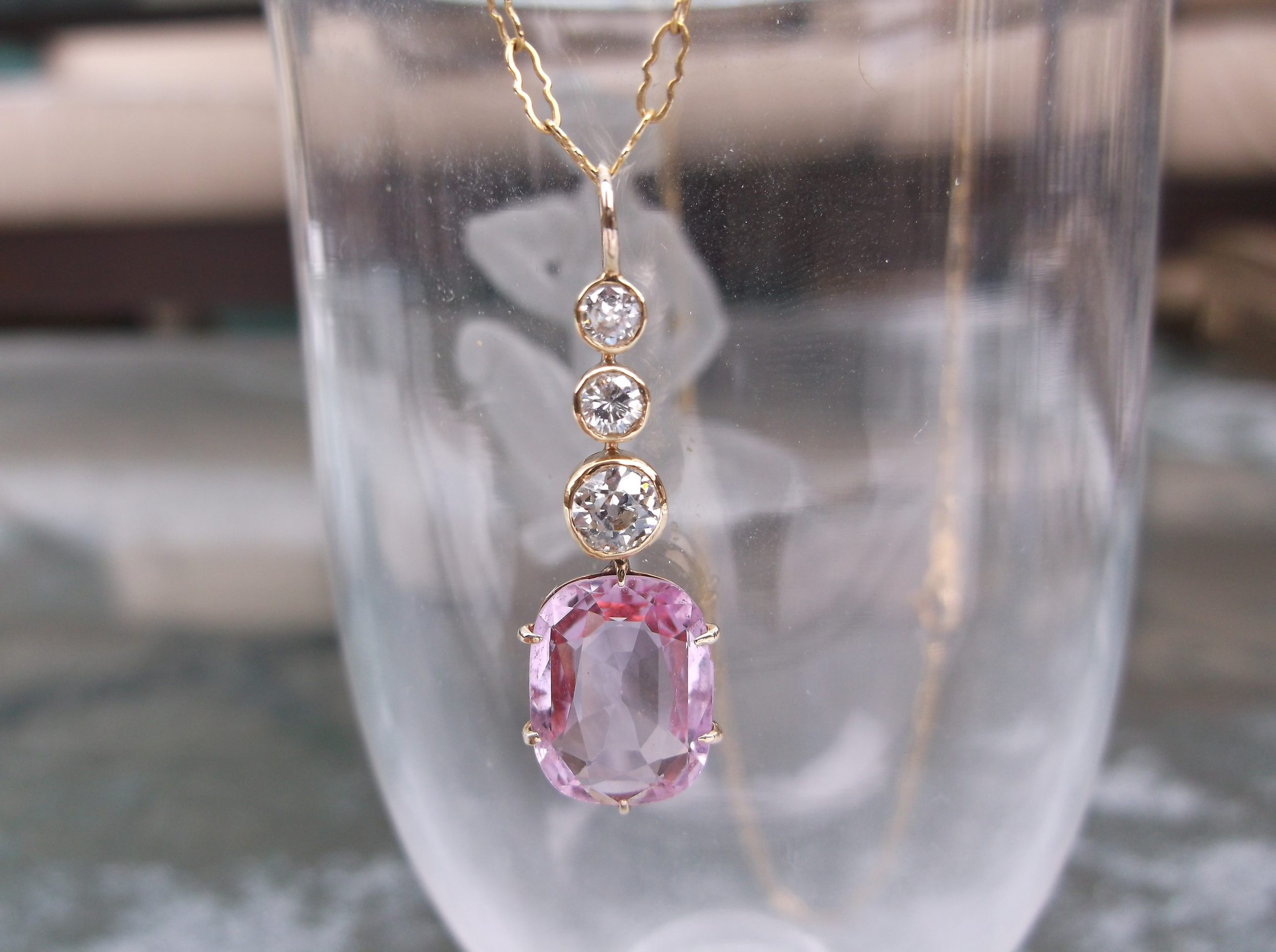 SOLD - Exquisite Edwardian Era (1910-1914) pink topaz and diamond pendant set in yellow gold.
