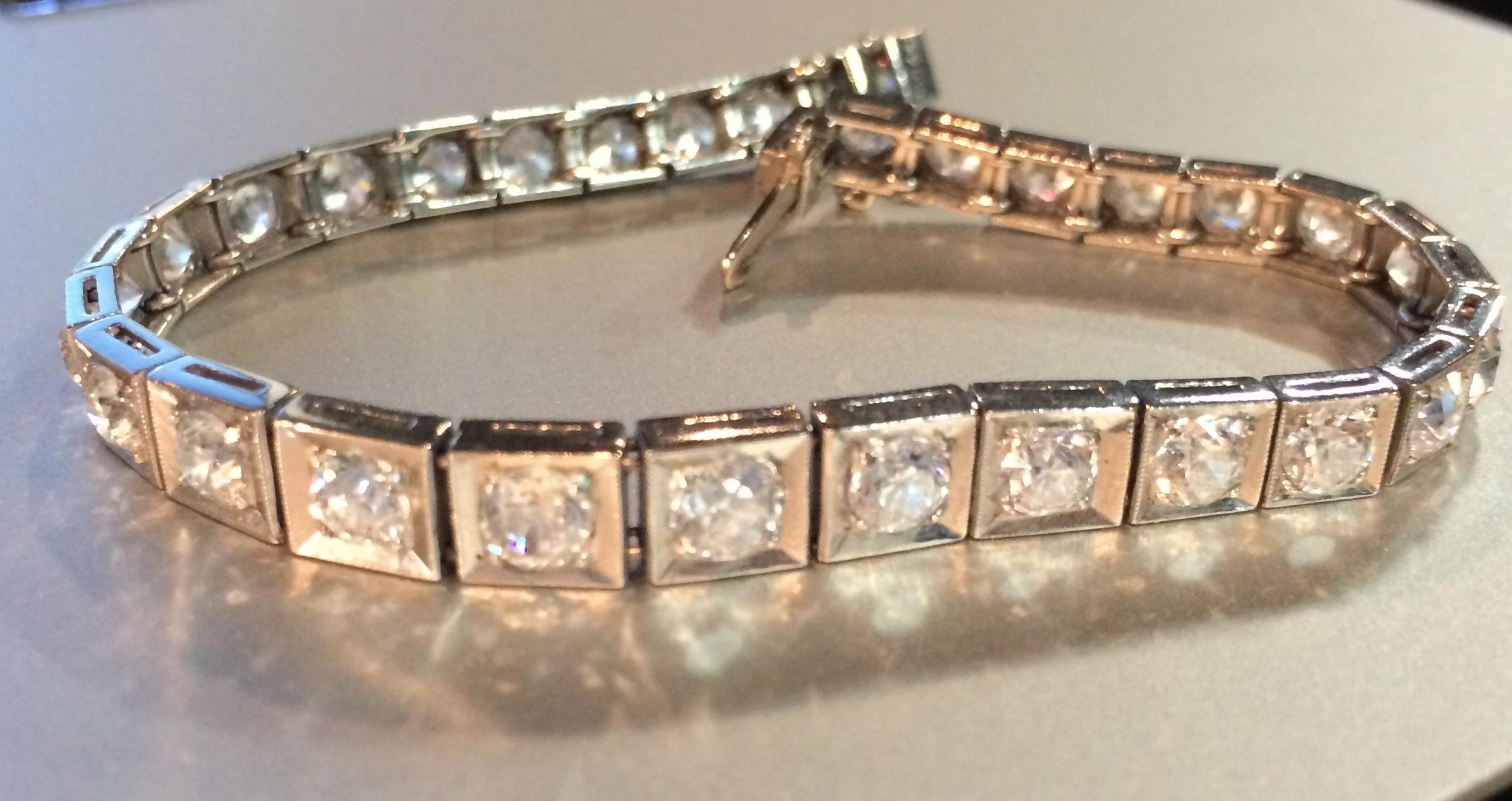 Art Deco Old European cut diamond bracelet in platinum.