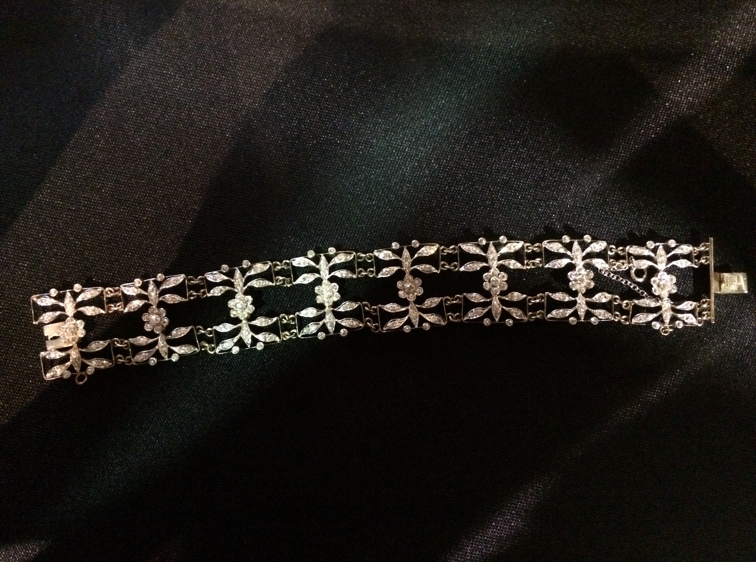 Gorgeous, dainty Edwardian era platinum topped gold and diamond bracelet.