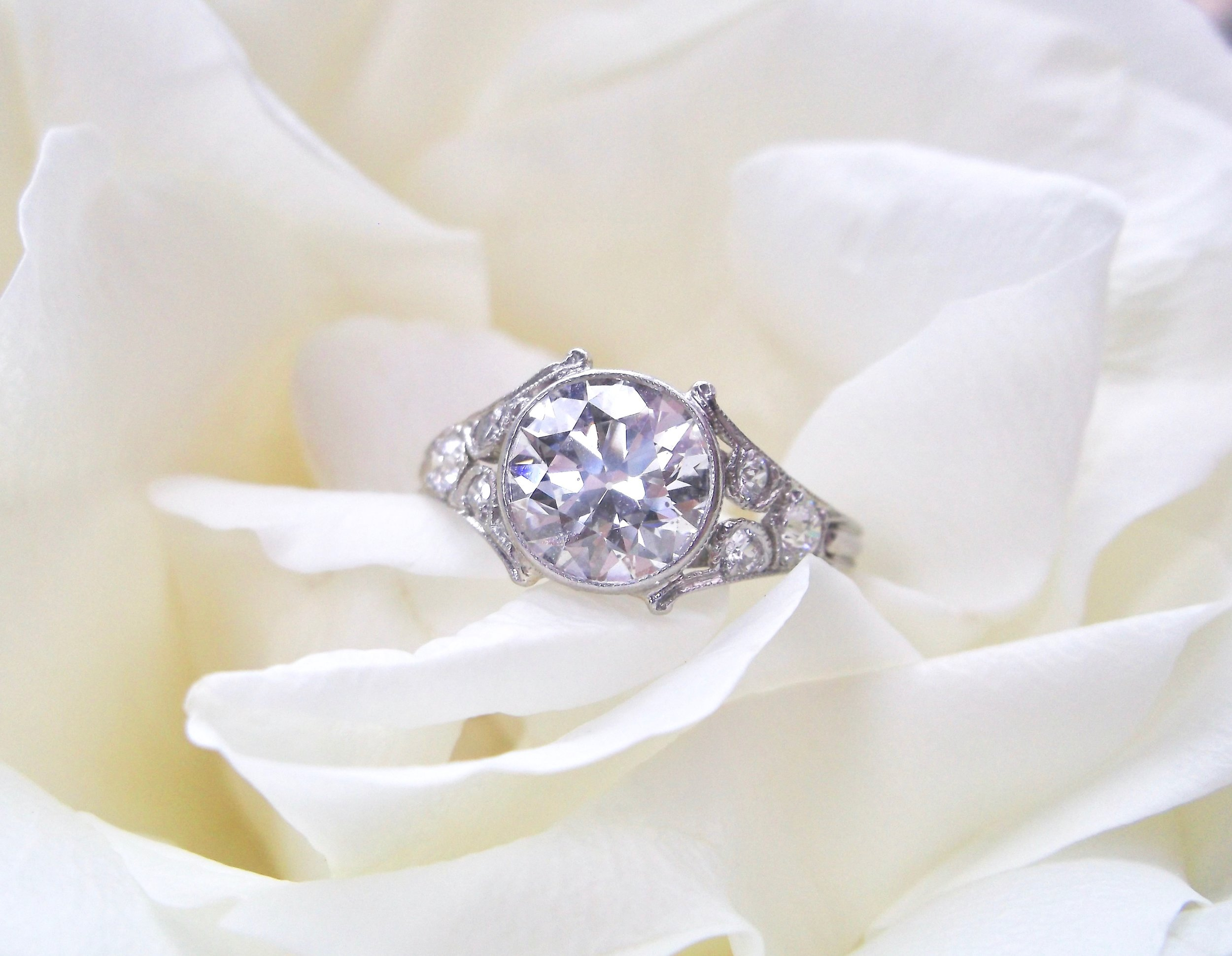Tiffany & Co. stands the test of time.  The perfect example? This fabulous 2.05 carat Old European cut diamond and platinum ring circa 1920. Shop this gorgeous ring  HERE.