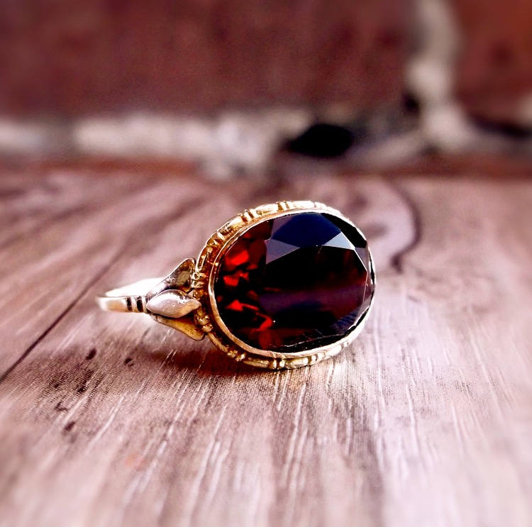 Rich, deep red.  That's how we like our Victorian garnets! Shop this gorgeous ring  HERE .