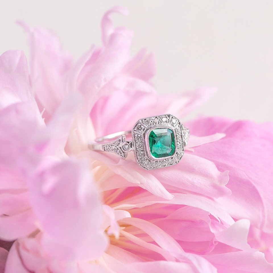 Peonies in full bloom paired with Emerald and Diamond rings may just be our new favorite combo 🌸 Shop  HERE .