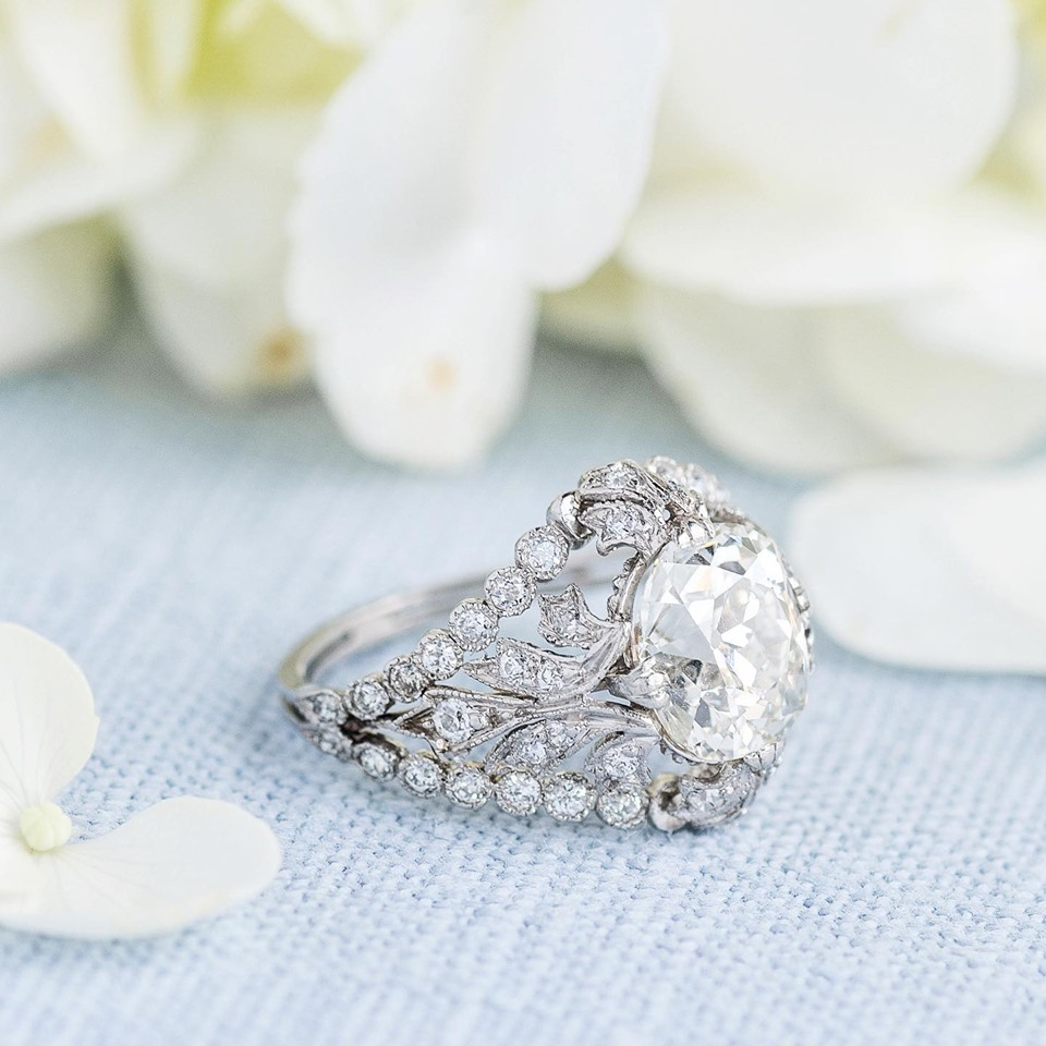 What's the difference between Art Nouveau and Art Deco, you ask? Deco is sleeker and streamlined and Nouveau is sinuous and flowery. Take this Art Nouveau ring for example! Check out the the lacy appearance of the diamond detail on that mounting! Shop  HERE !!