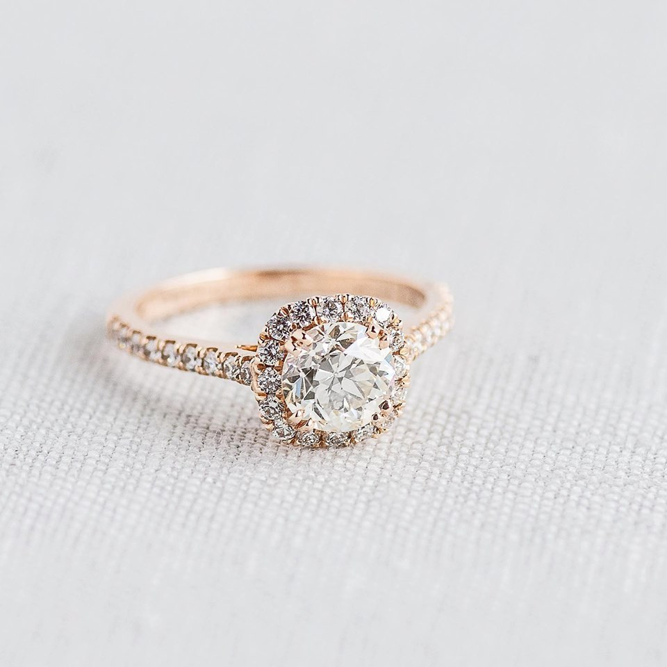 A simple rose gold and 1.11 carat Old European Cut Diamond ring to kick off your weekend! Shop  HERE