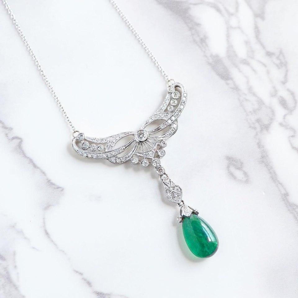 Now THAT is an Emerald necklace! 💚 Shop  HERE!
