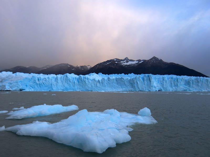 perito_moreno_glacier_from_boat.jpg