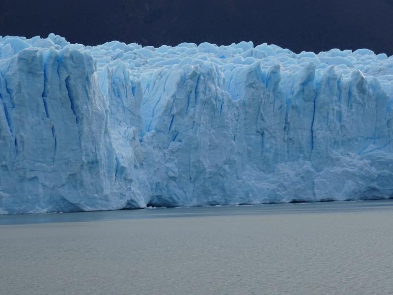 perito_moreno_glacier_close_up.jpg