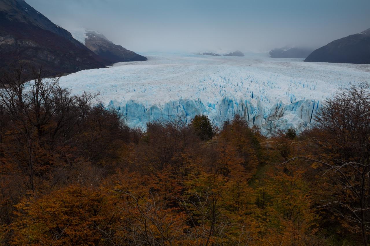 perito_moreno_glacier_from_walkway.jpg
