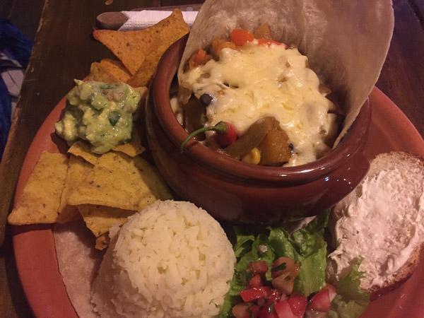 yummy_mexican_food_1.jpg